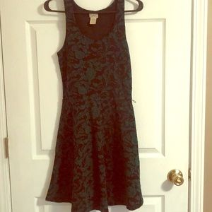 Pretty Green and Black Dress